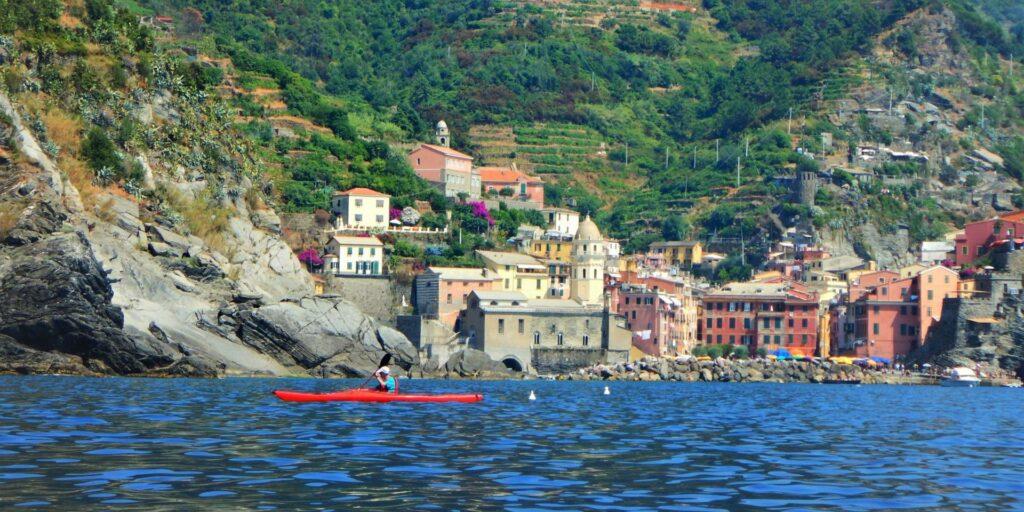 Pagaiando a Vernazza Cinque Terre) con Outdoor Portofino