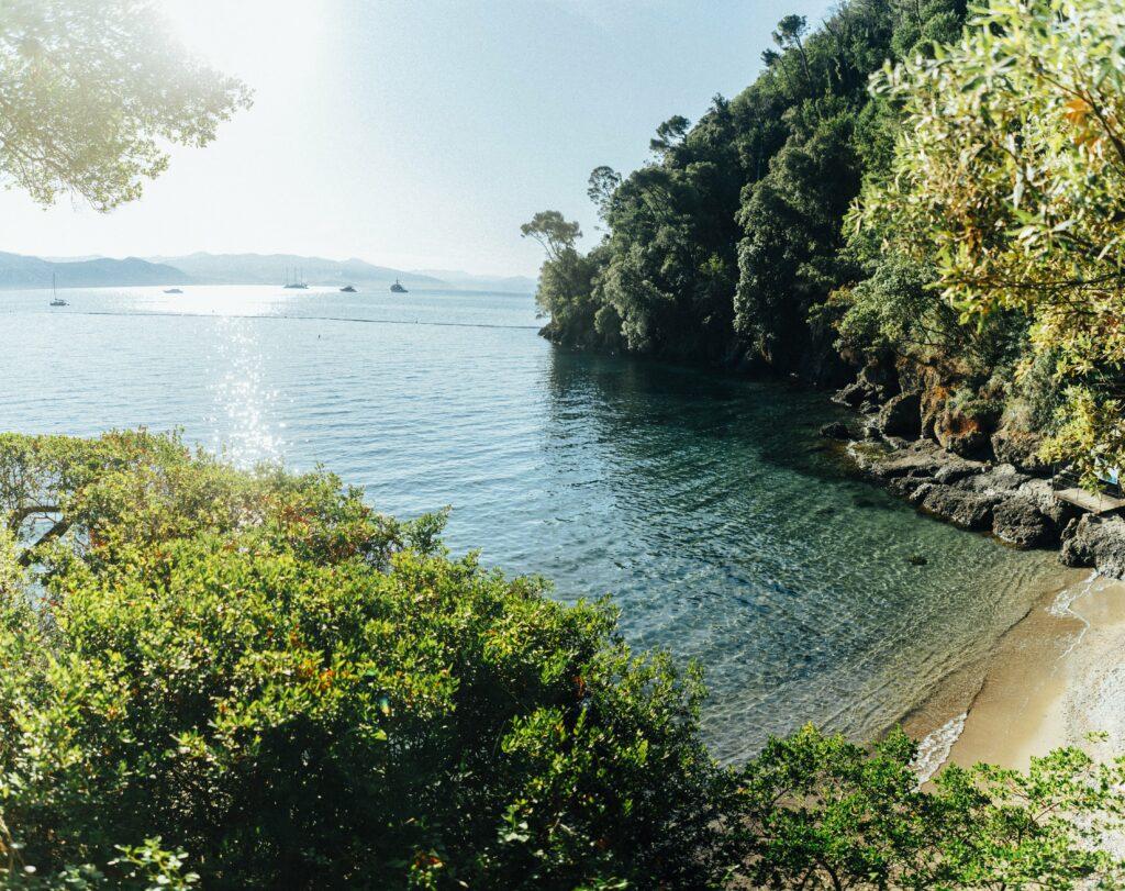 La spiaggia di Niasca - Paraggi