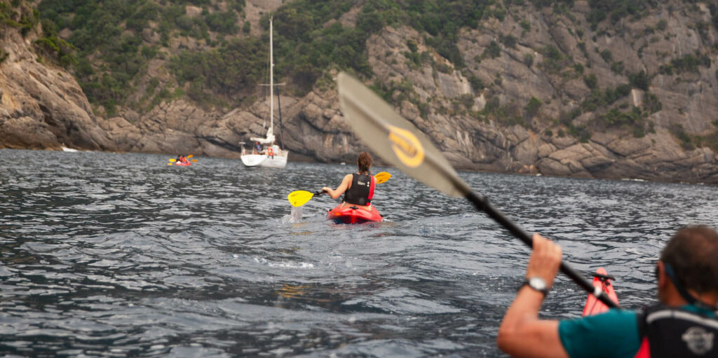 sportivi al servizio della scienza_monitoriaggio plastica a cala dell'oro_area marina protetta di portofino_CRABS